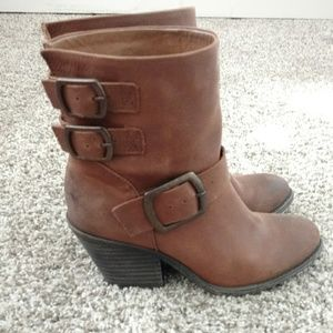 Brown boots (Lucky Brand)